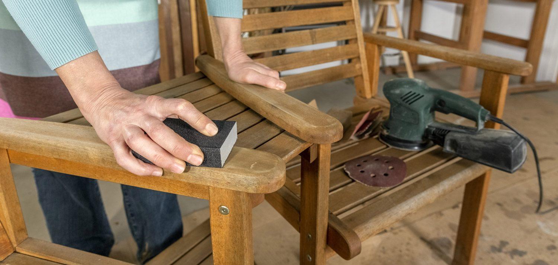 Przygotowanie drewna do malowania