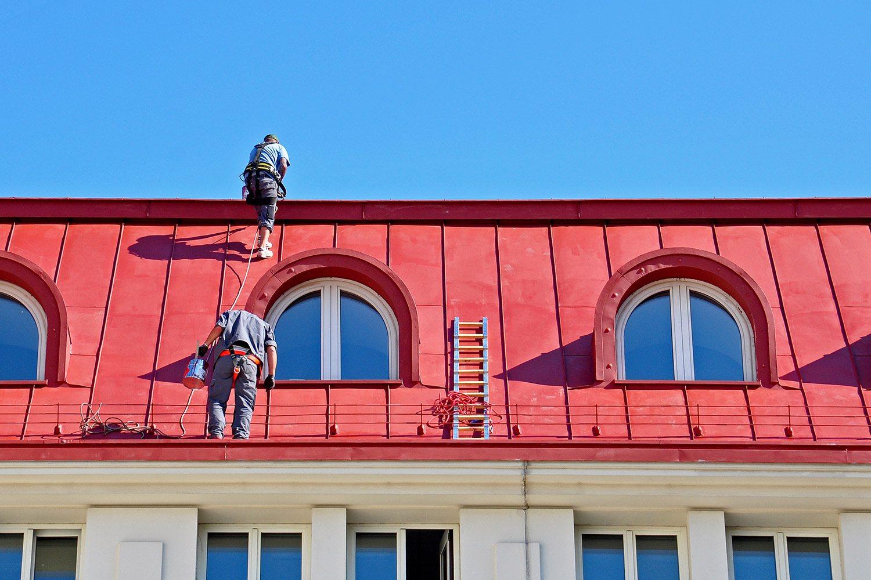 Malowanie dachu z blachy ocynkowanej