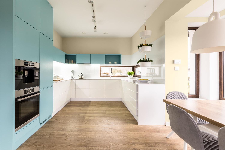 Pastelowe kolory w kuchni - MAGNAT Ceramic Kitchen&Bathroom B7 mokry marmur