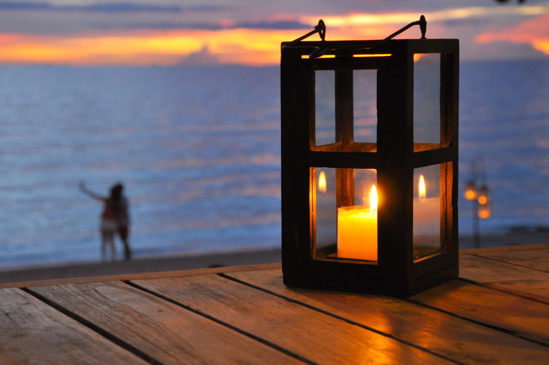 Jak zrobić i zabezpieczyć drewnianą latarenkę?