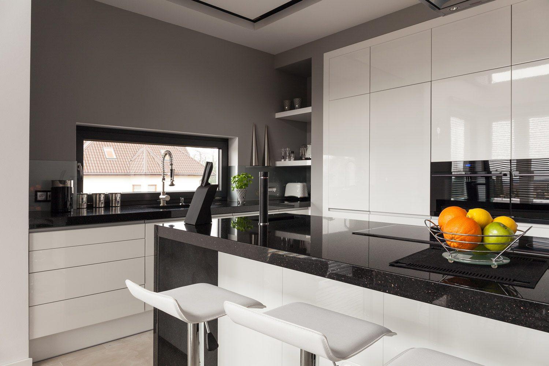 Biało-czarna kuchnia