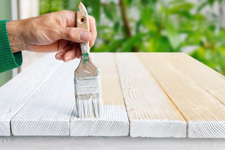 Jak odnowić meble ogrodowe