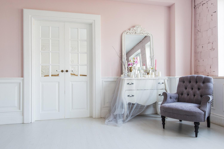 Mały salon w angielskim stylu