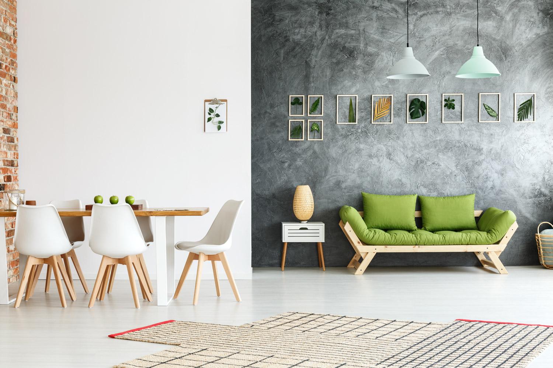 Farby dekoracyjne w salonie – jakie efekty możesz uzyskać?