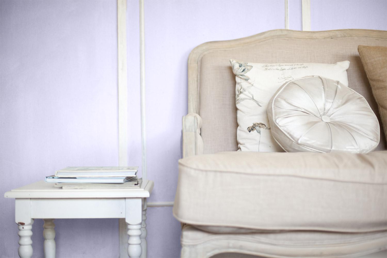 Dodatki do aranżacji w stylu prowansalskim - MAGNAT Ceramic C65 lawendowy angelit